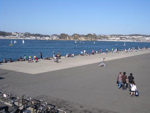 江の島堤防